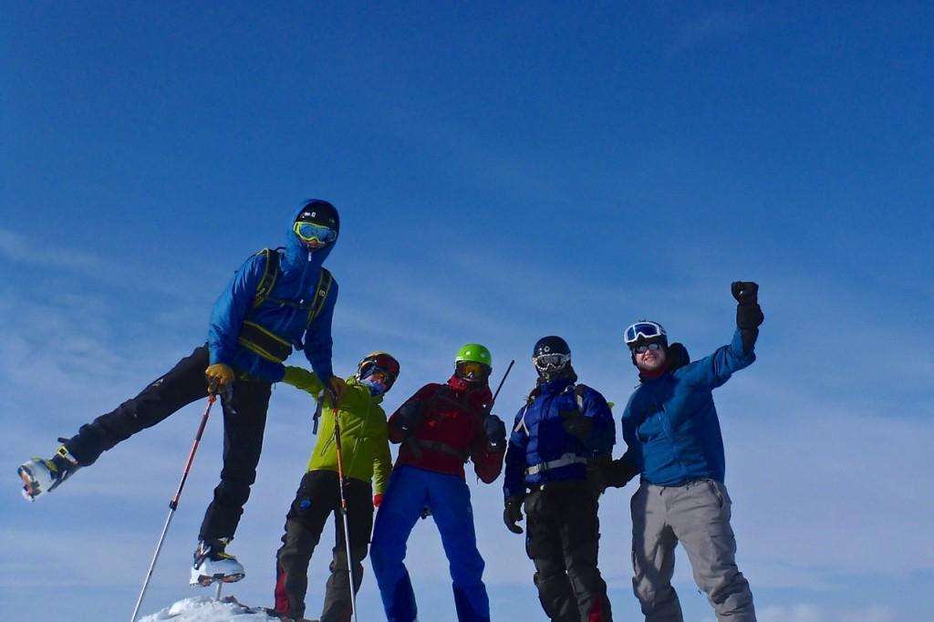 Top of Holmsenfjellet (682m)