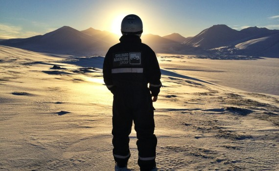 The slowly rising Svalbard sun is an amazing sight to behold.