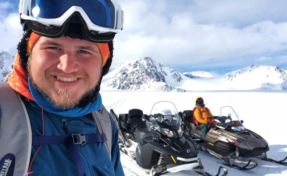 Snowmobiling from slope to slope